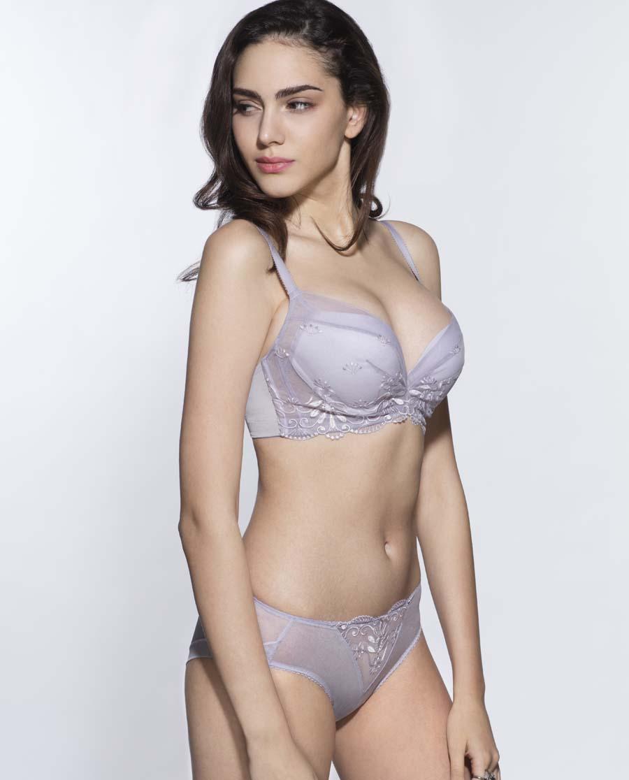 Aimer内裤|爱慕耶赛利亚女士中腰三角内裤AM220441