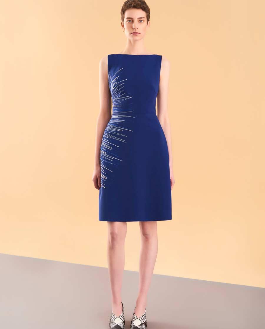 pH15时尚女装|pH15秋冬新品修身收腰不对称刺绣船领A摆连衣裙PH1572C190
