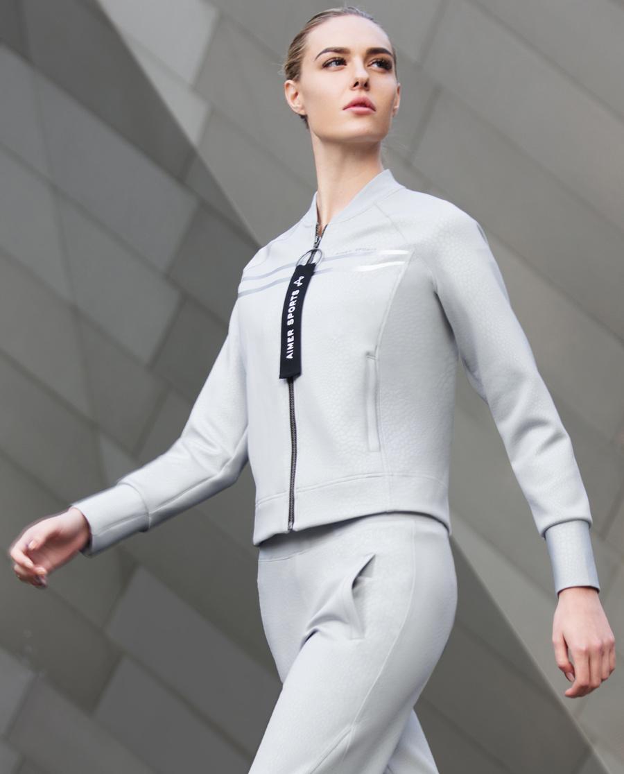 Aimer Sports睡衣|ag真人平台运动复古派拉链外套AS144D12