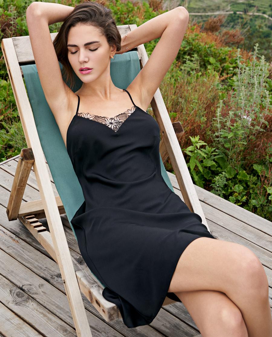 Aimer睡衣|爱慕花中阁中长睡裙AM422031