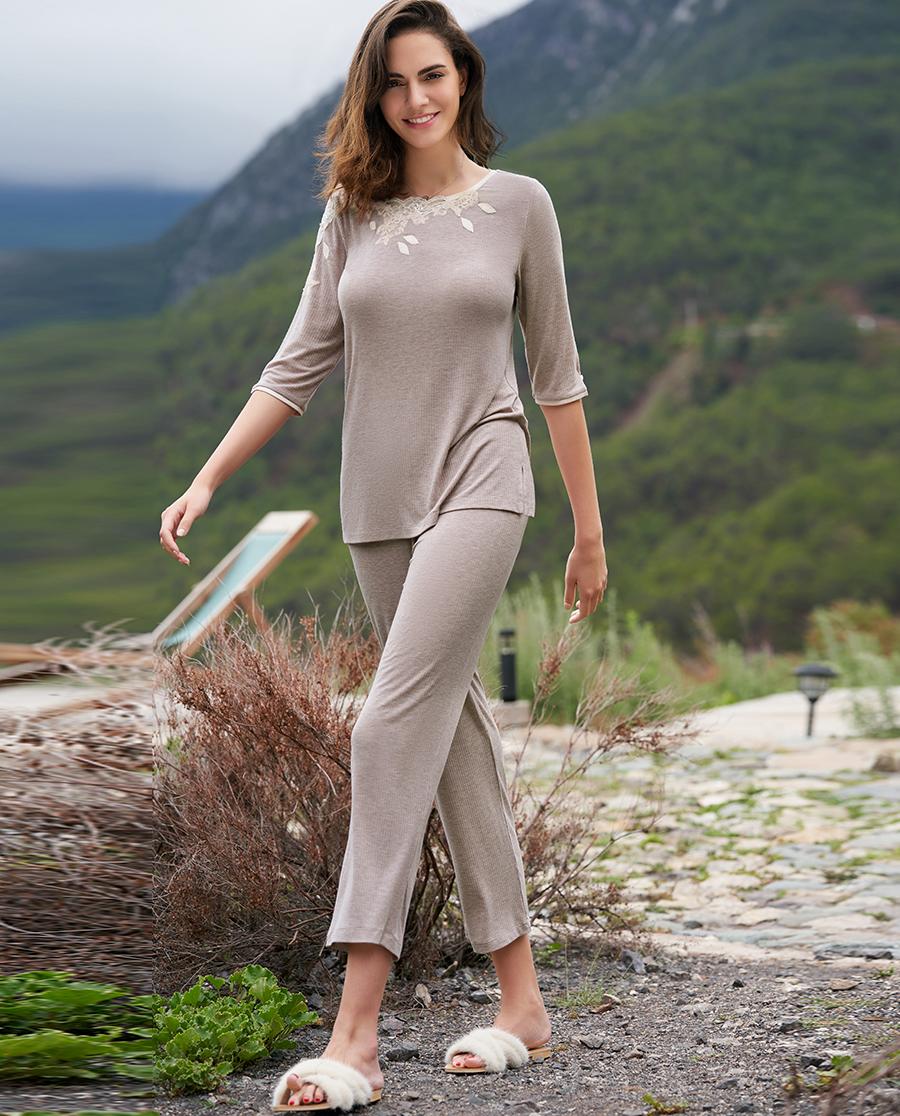 Aimer Home睡衣|爱慕家品叶之柔情圆领长裤家居套装AH460241