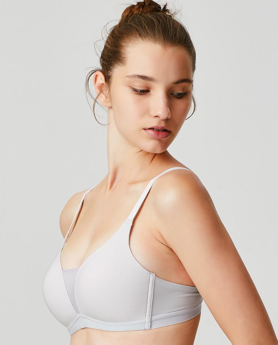 爱慕运动炽爱瑜伽低强度3/4无托薄模杯文胸AS111F81