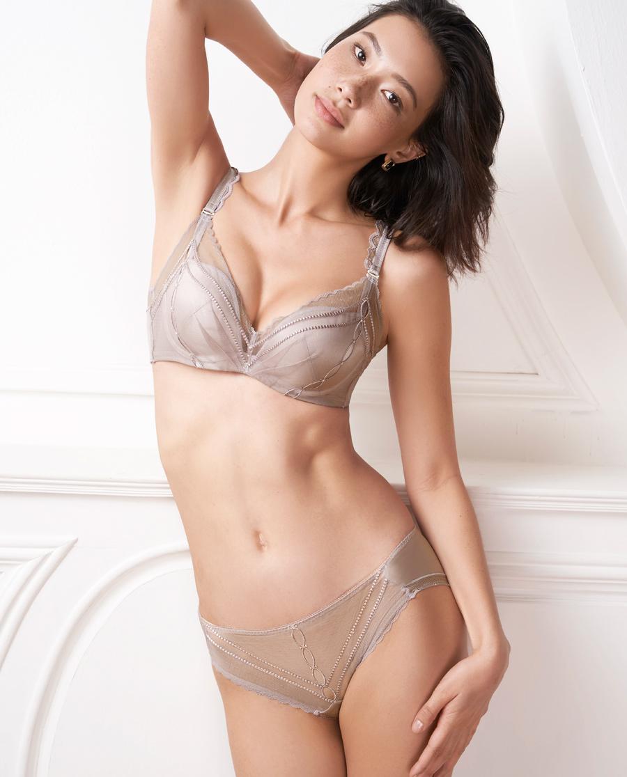 Aimer内裤|ag真人平台浪漫期许低腰三角内裤AM222451