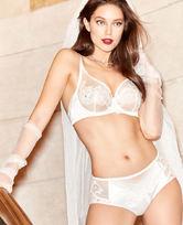 LA CLOVER19SS挚爱WHITE系列中腰平角内裤LC23HG1