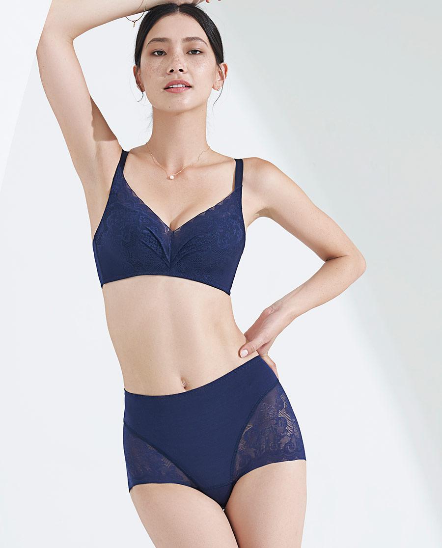 MODELAB美体|爱慕慕澜岁月佳人中型高腰平角塑裤AD33
