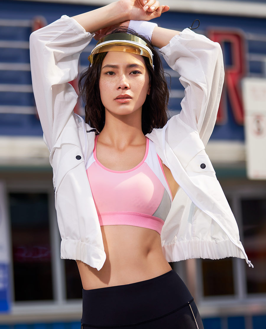 Aimer Sports运动装|爱慕运动iMOVE II带帽拉链薄外套A