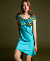 LA CLOVER兰卡文灵犀雀动系列小袖睡裙LC44JX1