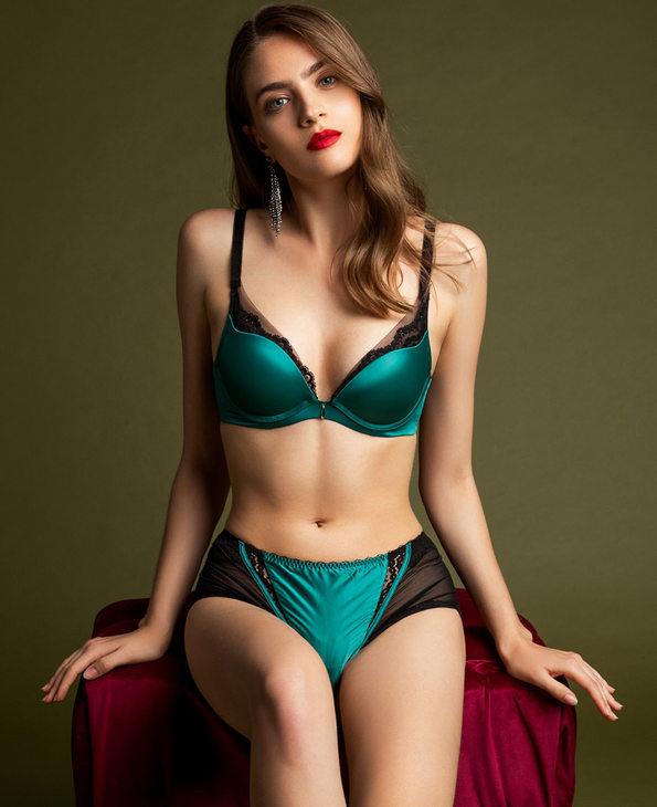 La Clover内裤|LA CLOVER兰卡文极光系列中腰平角内裤LC23LE1