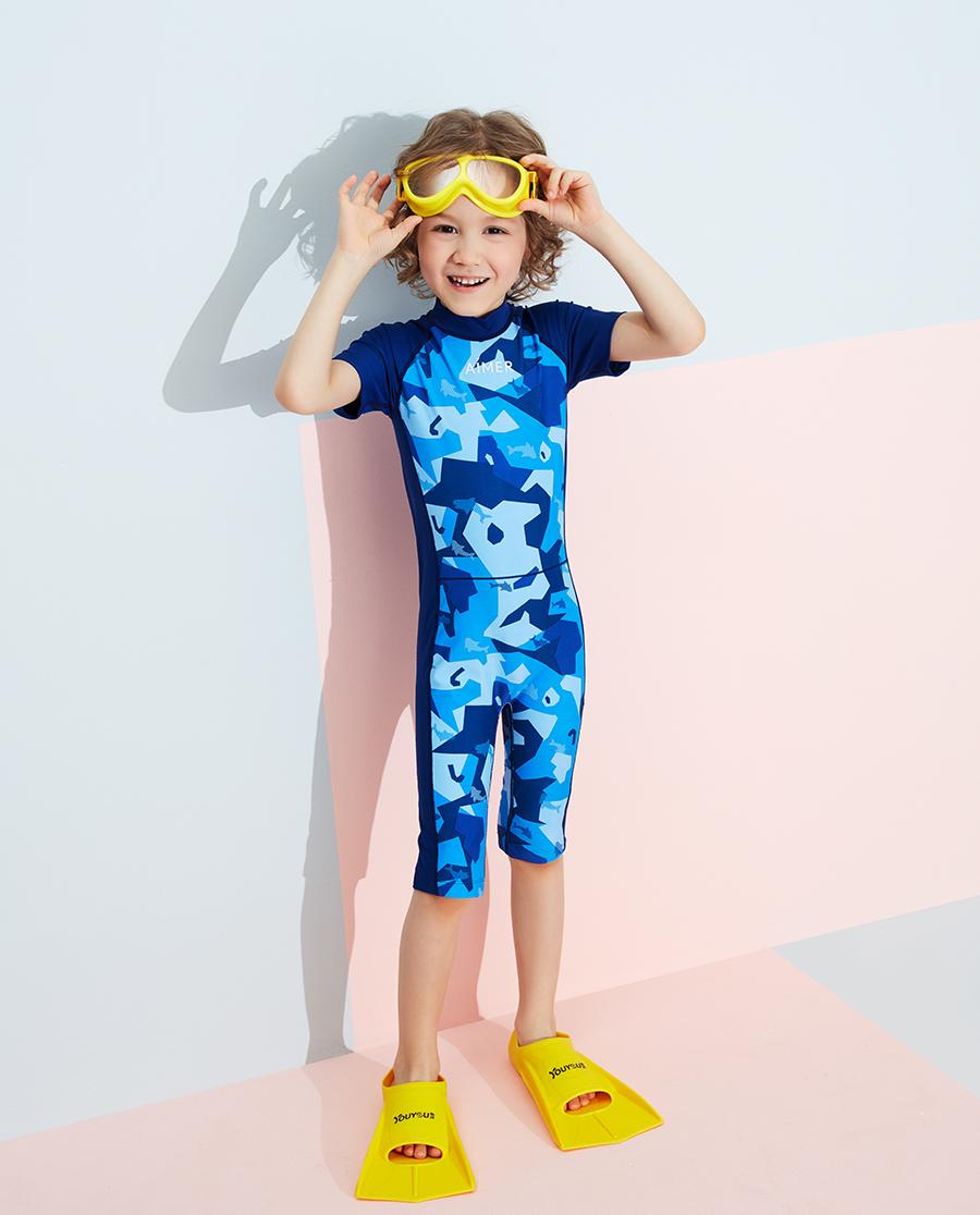Aimer Kids泳衣|愛慕兒童色塊迷彩男孩短袖連體泳衣AK26