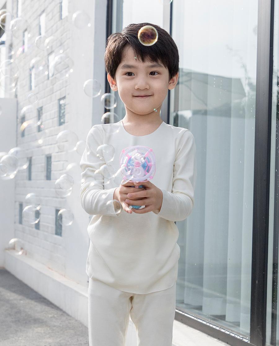 爱慕儿童牛奶2长袖上衣AK3722491